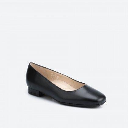 Kiel 001 - black ballerina