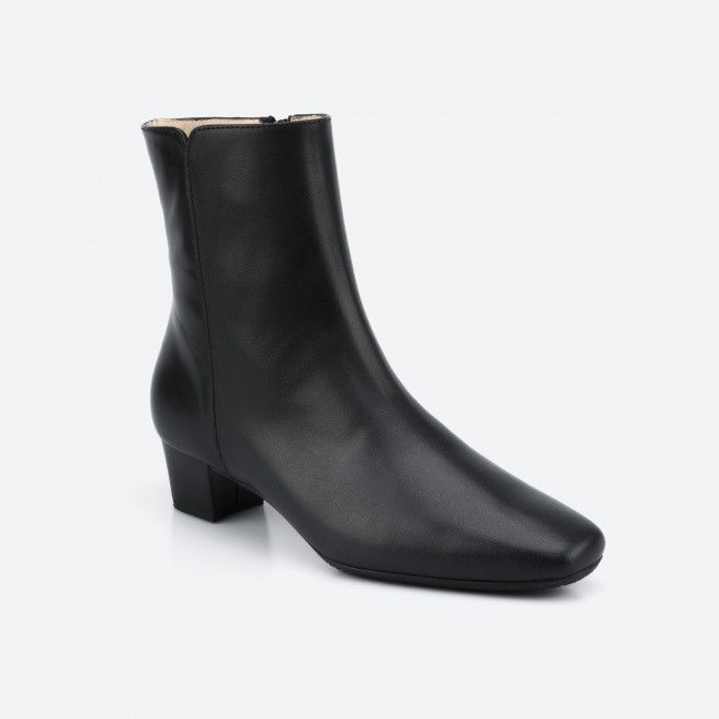 Roissy 001 - black low boot